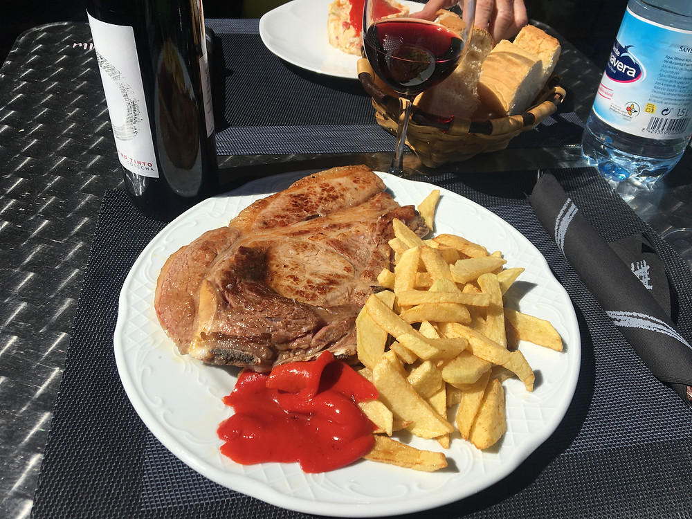 steak and chips at La Viñona - great value near the Olmares rental accommodation in Picos de Europa