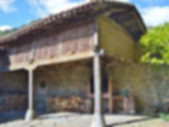 Patio interior - Zona de barbacoa - Casa rural - Vacaciones rurales - Liébana - Picos de Europa - Basieda - Lomeña - Cantabria - Vacaiones rurales