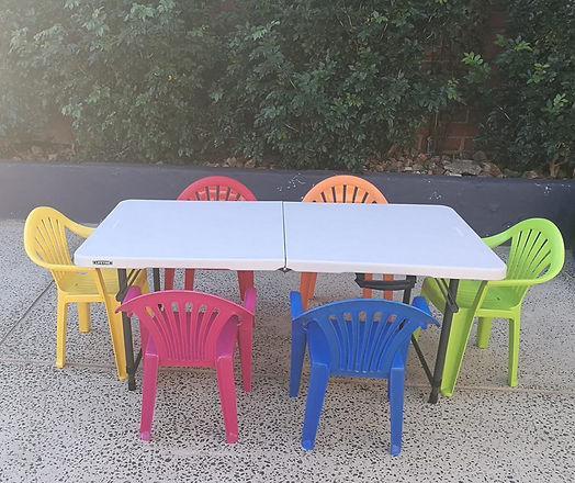 kids table and chairs.jpg