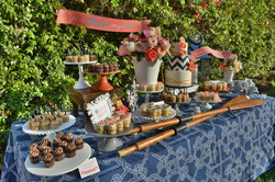 Desset table