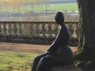"""""""Dame noire"""" au château de Noirieux à Briollay"""