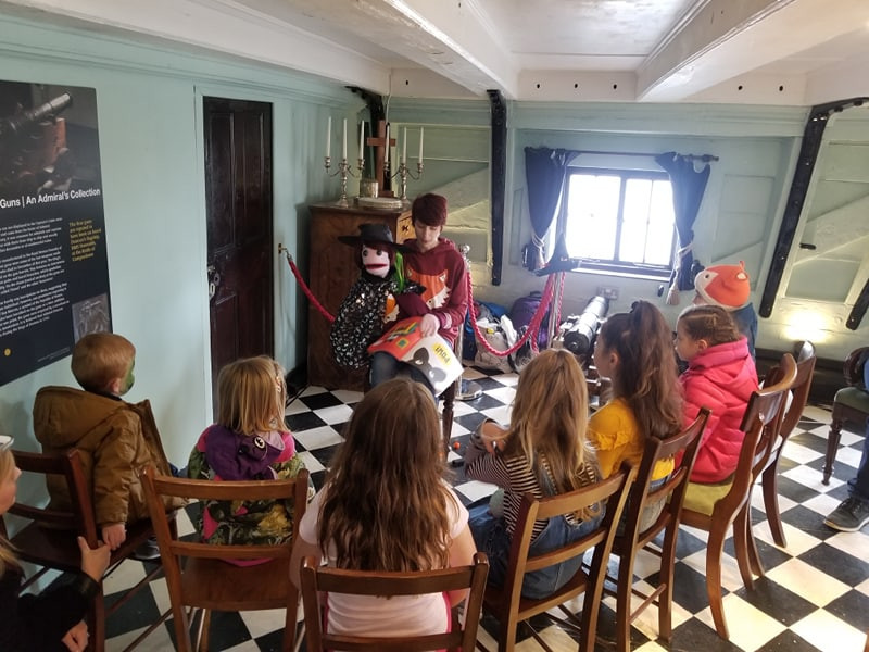 Big Debz and Little Debz telling halloween stories on the H.M.S Unicorn