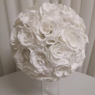 white rose flower ball
