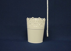 small white lace bucket