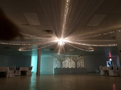 ceiling 33