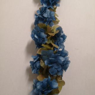 navy blue garland