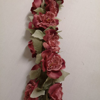 dustry pink garland