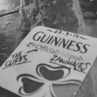 THE CLIFFS (PUB IRLANDÉS)