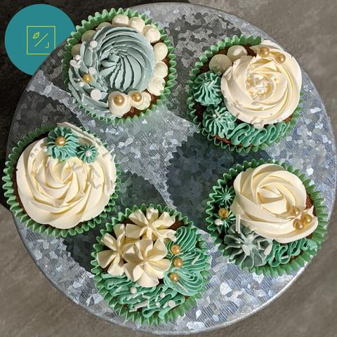 apple_cupcakes_1.jpg