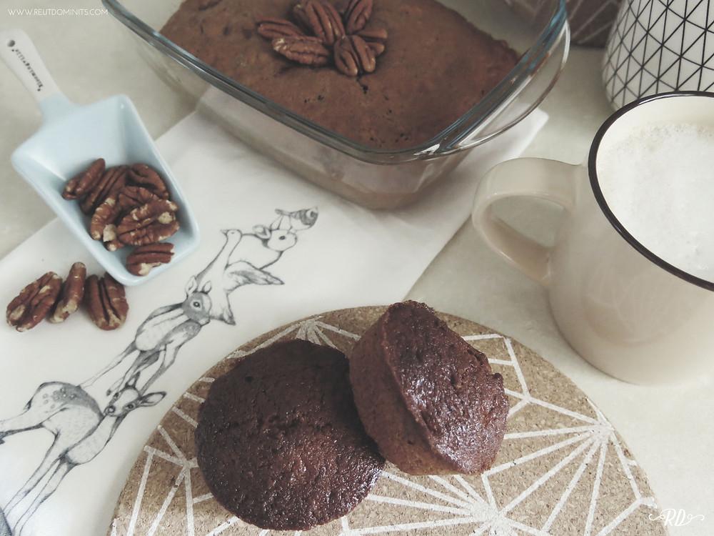 banana muffins and coffee