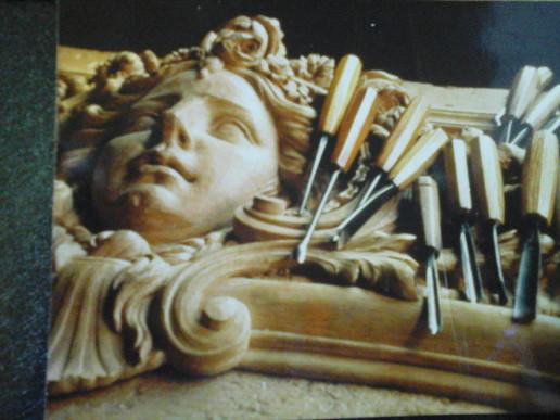 haut de porte sculpté