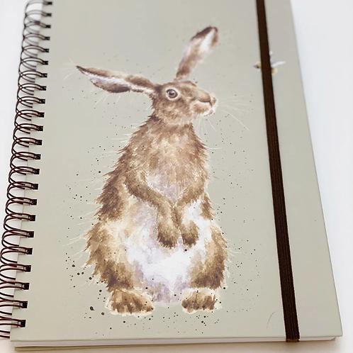 """Wrendale Designs Notizbuch A4 """"Hase und Biene"""""""