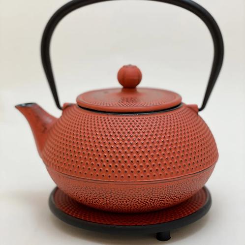 Teekanne aus Gusseisen - Rot Inhalt 0,9 l