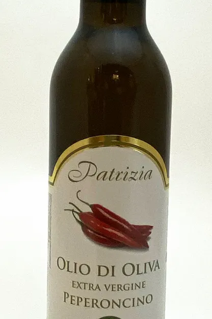 Patrizia Feinkost Olivenöl Peperoncino