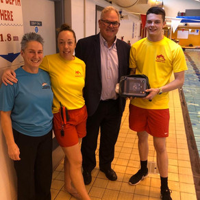 January 2021 -  Castletown swimming pool gets an upgraded defibrillator