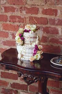 Wedding Cake Decor.jpg