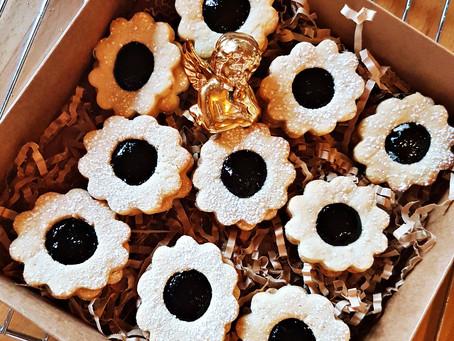 Trapūs sausainukai su uogiene
