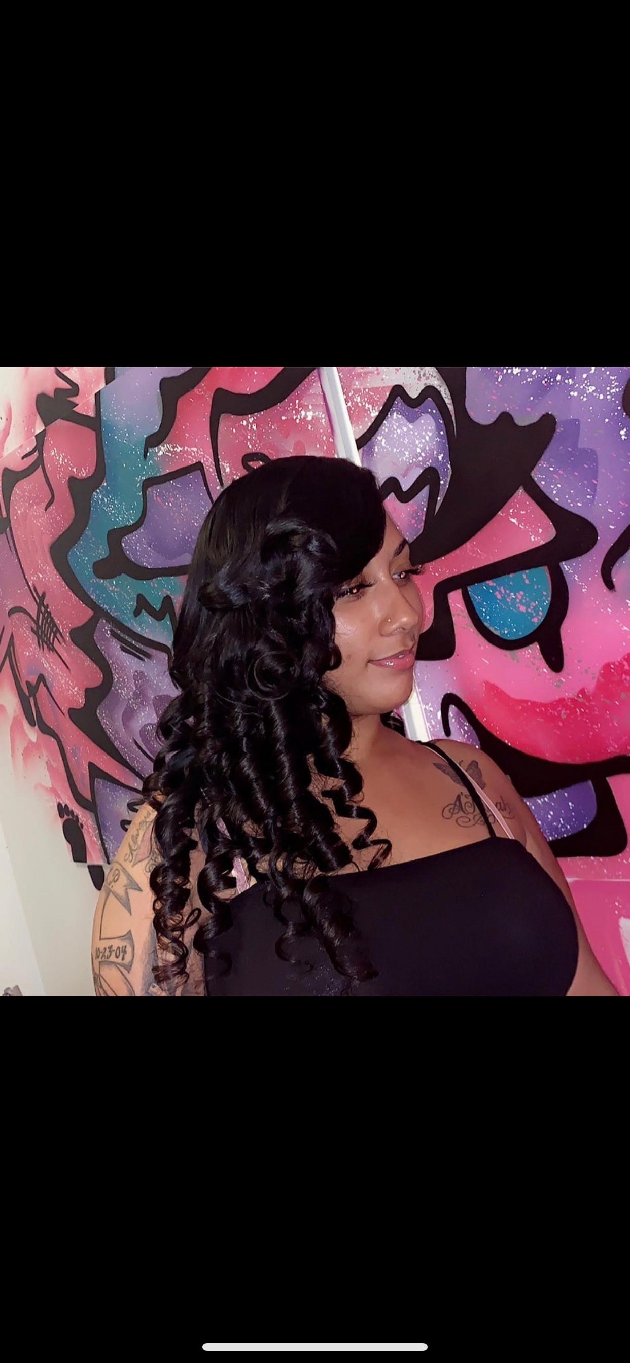 Quickweave w/ Signature Curls