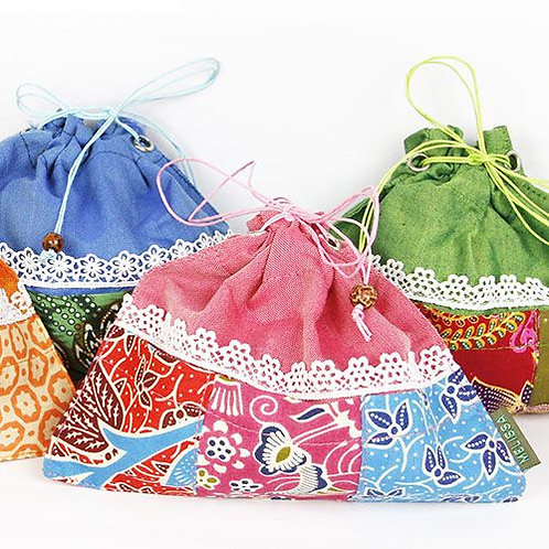 Kinchaku Batik Bag 3 pockets (Melissa Zakka)