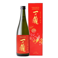 一ノ蔵 蔵の華  純米大吟醸 (720 ml)