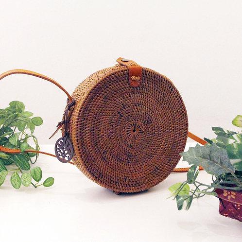 Ata Simple Round Sling Bag (Melissa Zakka)