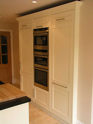 Design Bespoke Kitchen Surrey
