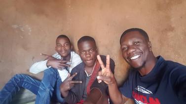 Chimutu. Thokozani Synet in the Middle..