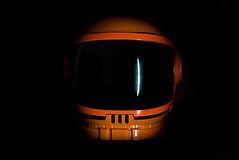 Astronaut_Helmet_1_edited_edited.jpg