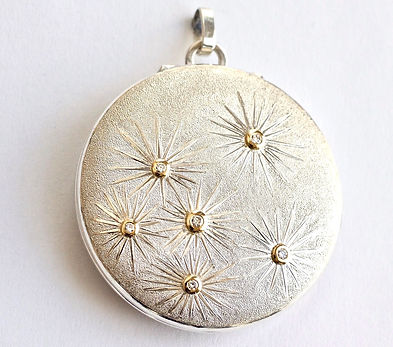 COSMOS%20LOCKET_edited.jpg