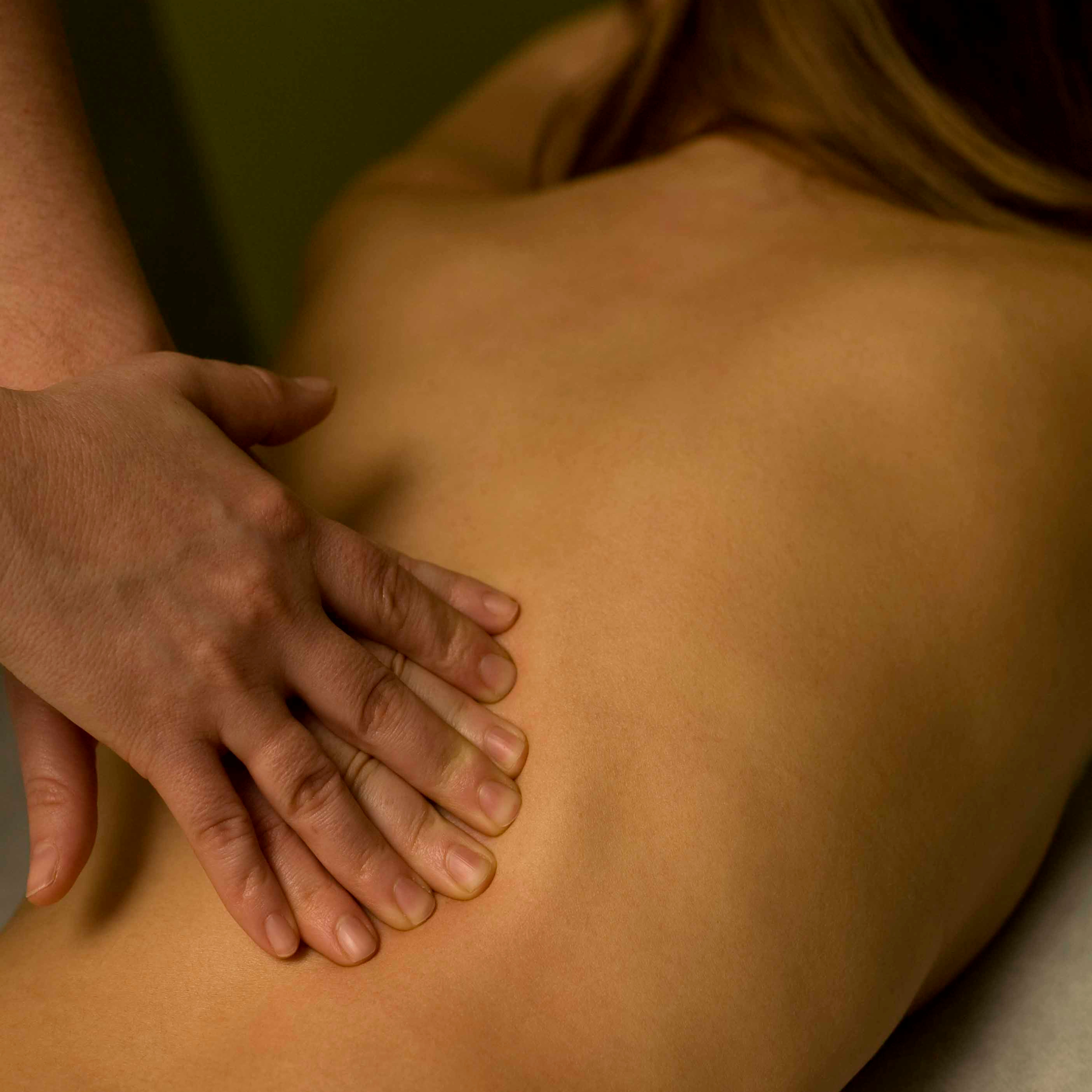 Deep Tissue Massage (30min)