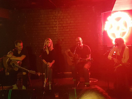 Songwriters Round - Liv Austen, Jeff Cohen,  Beth Thornton - The Slaughtered Lamb