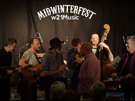Midwinterfest Day 3 - The Return Of The Lowly Strung!