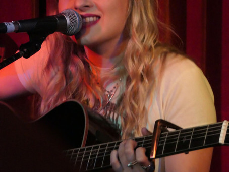Laura Oakes Hosts - With Katy Hurt & Frankie Davies - The Green Note Camden