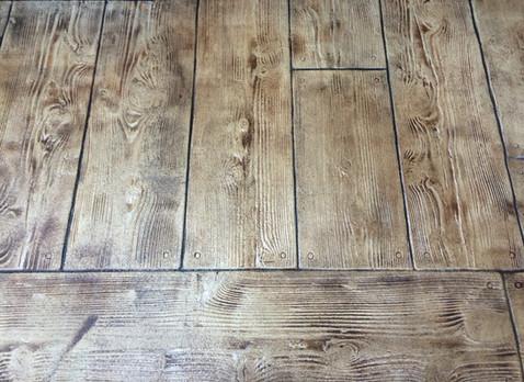 DCDCR Main Cedar Wood Plank