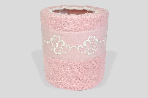 Cestino per bagno in spugna con greca ricamata su lino online made in italy rosa