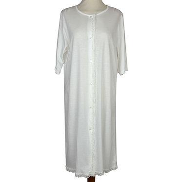 Camicia da donna in misto cotone con pizzo di cotone applicato e bottoni in madreperla. Prodotto artigianale toscano. Italian