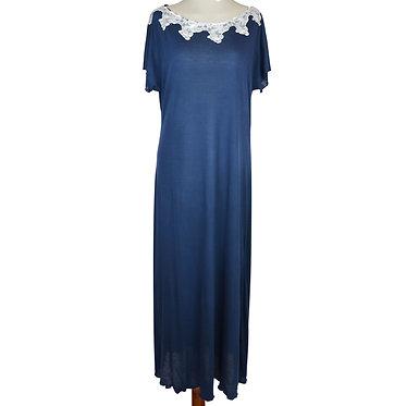 Camicia da notte in micromodal con pizzo in cotone elegante. Camicia da notte italiana. Colore blu