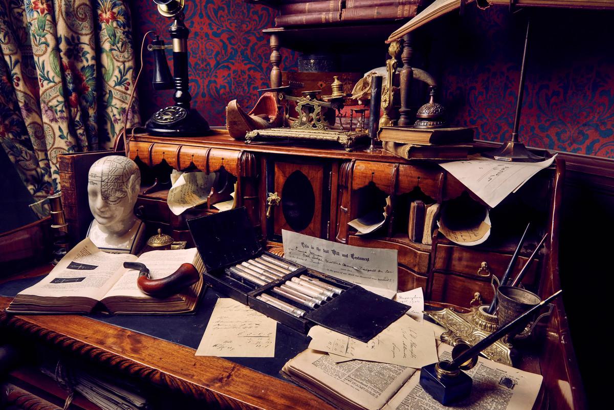 Les Enfants Terribles present Sherlock Holmes: An Online Adventure. Until April 2021