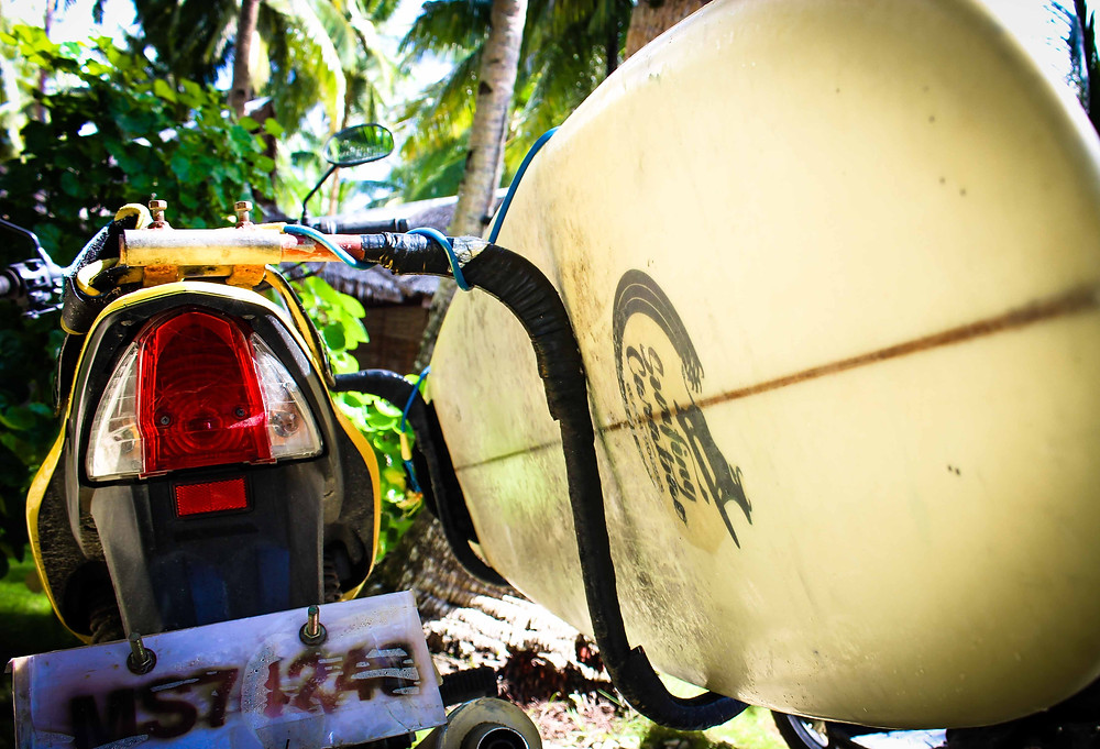 Surfing Carabao Beach