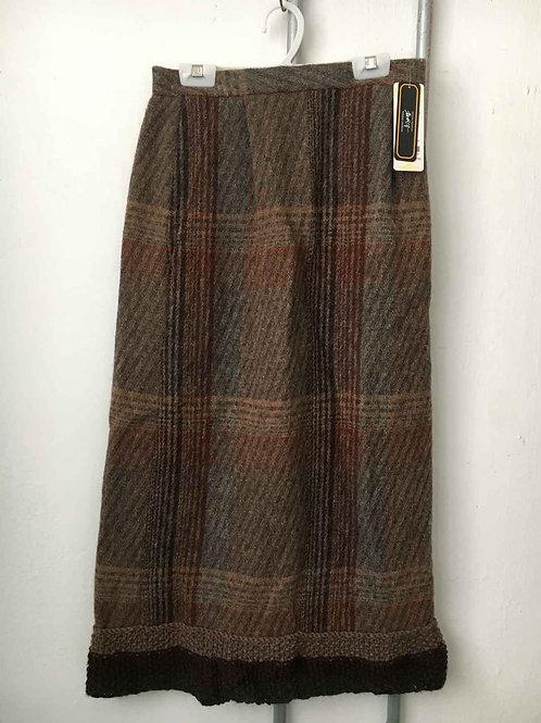 Checkered skirt 2