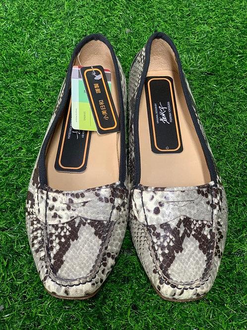 Women's shoes 18