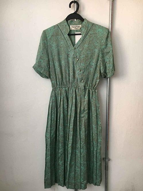 Nostalgic dress 32