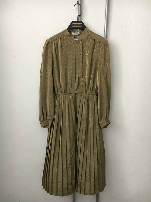 Nostalgic dress 16