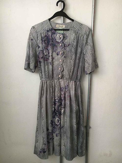 Nostalgic dress 6