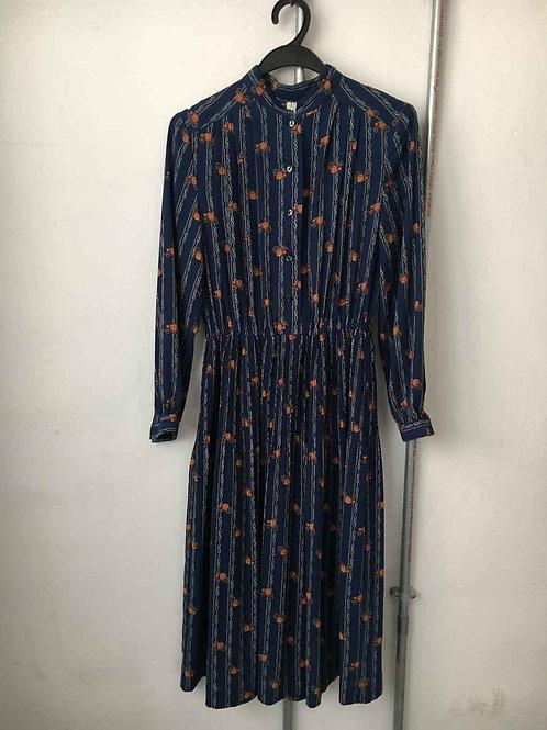 Nostalgic dress 30