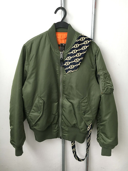 Aircraft jacket and tie