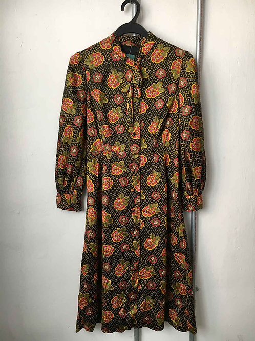 Nostalgic dress 21