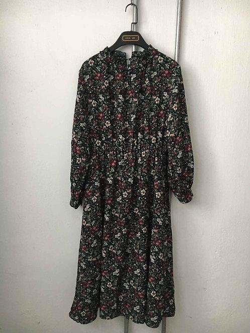 Nostalgic dress 15