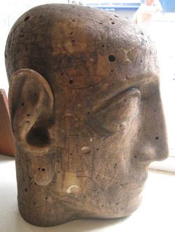 Octavian Sculpture