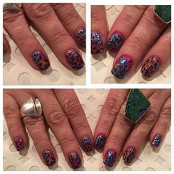 CND shellac nail art #cndshellac #foilnailart #nailsoncrockett